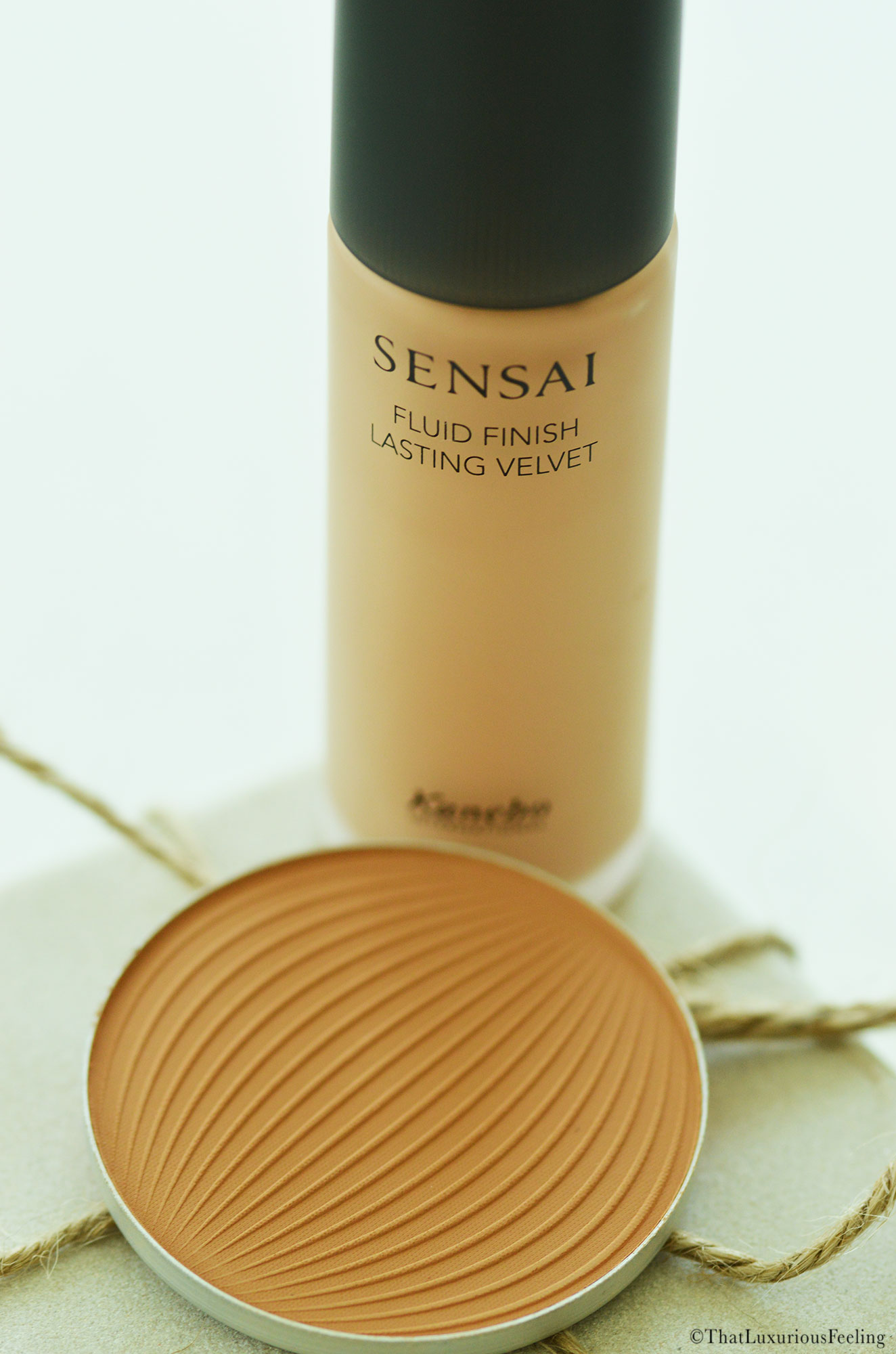 As you know, I have a warm relationship with Sensai since it's one of these brands that has been in my collection from the start. In Scandinavia, it is very ...